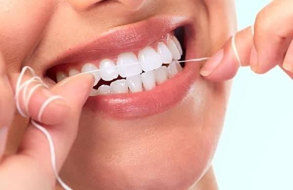 BENEFITS OF HAVING HEALTHY AND CHARMING TEETH
